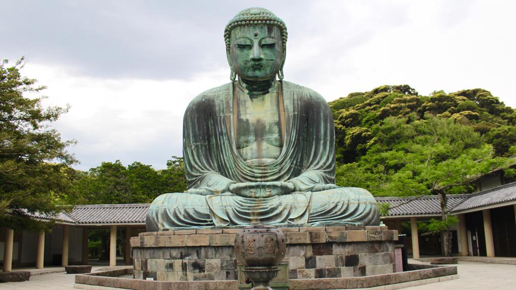 鎌倉市の食べ歩き自粛条例とは?違反時の罰則や対象エリアなどを解説