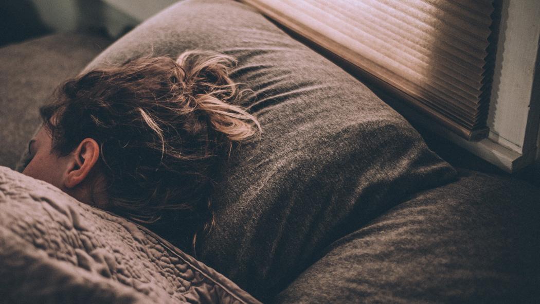 質を高める事で睡眠を『2.5時間』短くするため私が実践中の事!